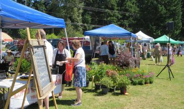 A Guide to Central Vancouver Island's Farmers' Markets