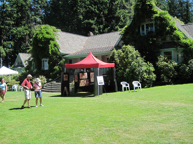 Qualicum Events – Art & Photography in the Garden