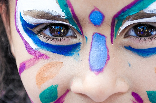 Face paint on little girl
