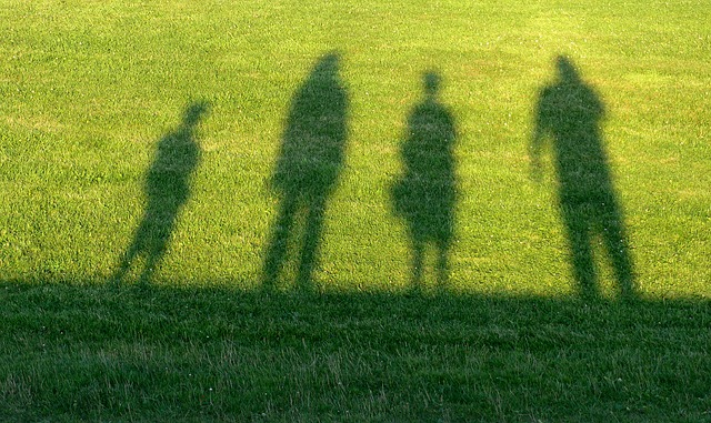 Shadows of family members