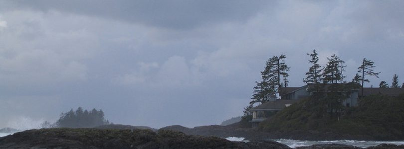 Tofino & Ucluelet Winter Events-Storm Watching Season