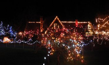 Qualicum Winter Events – 2017 VIU's Milner Gardens Christmas Magic